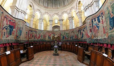 Tapestries in wool and silk at collegiale church in Beaune